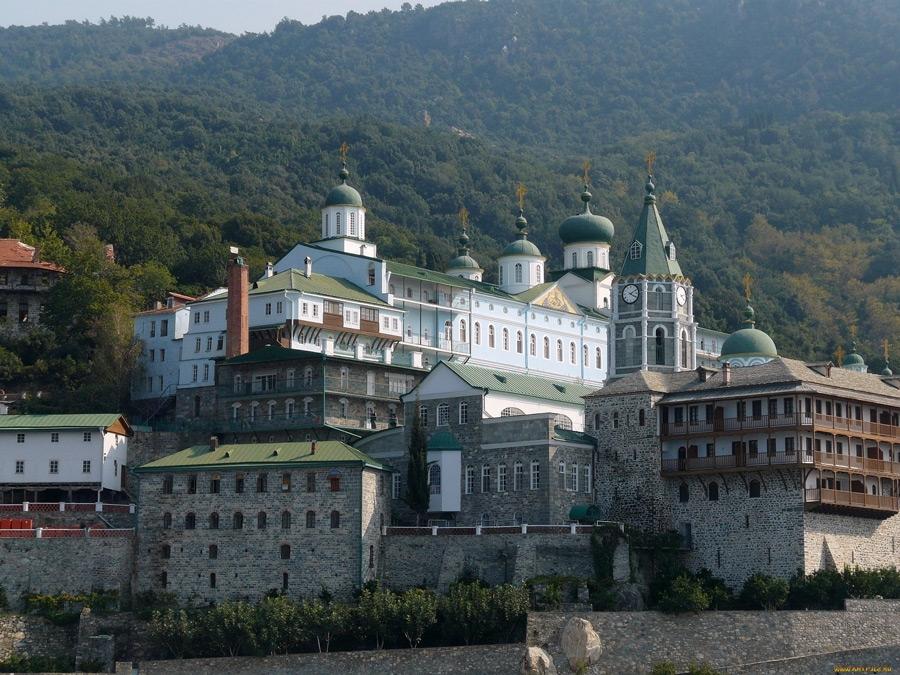 Свято-Пантелеимонов монастырь на Афоне